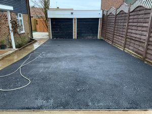 Tarmac driveway installed in Epsom